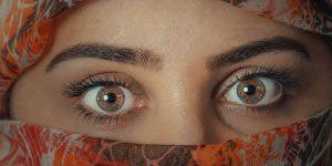 عکس چشم و روسری